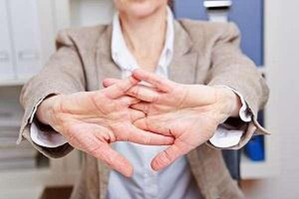 Полиартрит пальцев рук - что это такое, симптомы и лечение