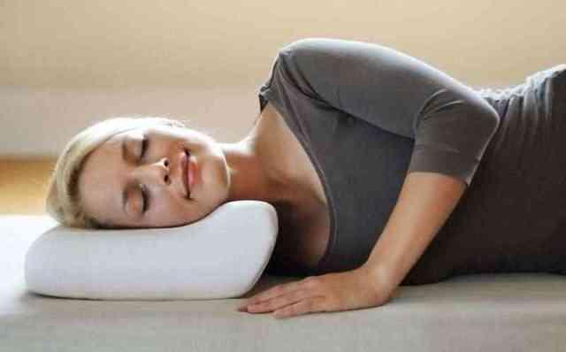 Ортопедическая подушка при шейном остеохондрозе - как выбрать?