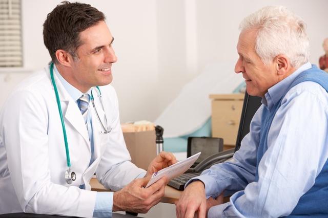 Уколы в коленный сустав при артрозе - препараты и правила введения