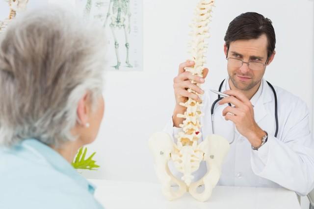 Остеопороз - симптомы и лечение, что это за болезнь