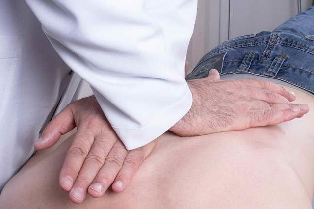 Иглотерапия при остеохондрозе шейного отдела - польза и вред