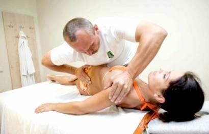 Мануальная терапия при сколиозе 1 и 2 степени