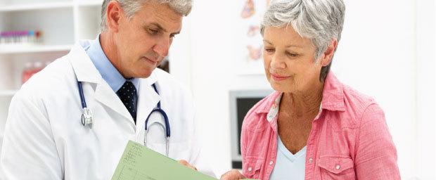 Перелом бедра со смещением и без - симптомы и лечение