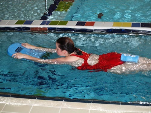 Плавание при остеохондрозе шейного отдела позвоночника - правила