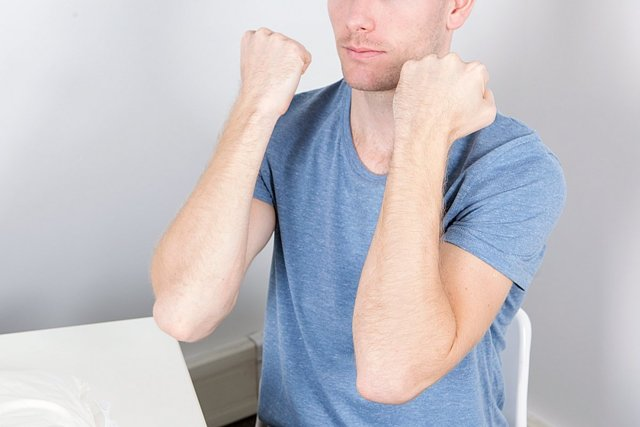Синовит локтевого сустава - что это такое, симптомы и лечение