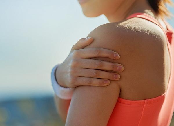 Плечелопаточный периартроз - симптомы и лечение