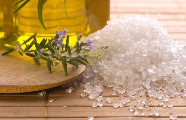 Остеохондроз - лечение солью и маслом эффективно