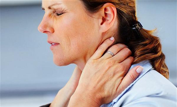 Тошнота при шейном остеохондрозе - причины и лечение