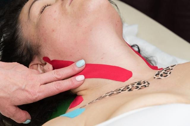 Кинезиотейпирование при остеохондрозе - что это такое