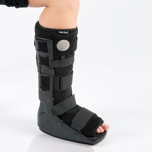 Лангетка на ногу при переломе лодыжки, голеностопа и стопы