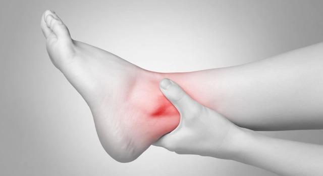 Бурсит голеностопного сустава - симптомы и лечение
