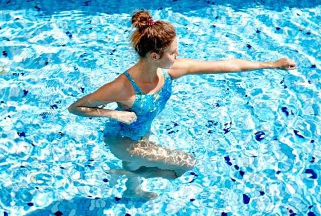Плавание в воде при грыже поясничного отдела позвоночника