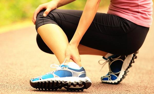 Периартрит голеностопного сустава - симптомы и лечение