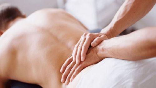Воспаление копчика у женщин и мужчин - симптомы и лечение