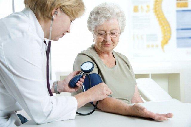 Какой врач лечит подагру и особенности проведения терапии