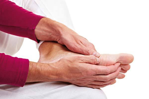 Немеет колено - причина, диагностика и лечение