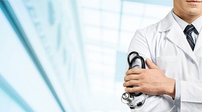 Какой врач лечит сколиоз позвоночника у взрослых и детей