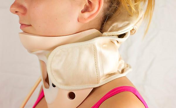 Смещение шейных позвонков - симптомы, лечение и последствия