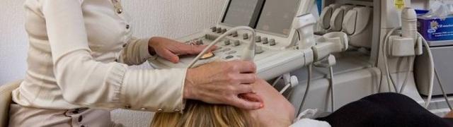 Позвоночная грыжа - к какому врачу обратиться за лечением