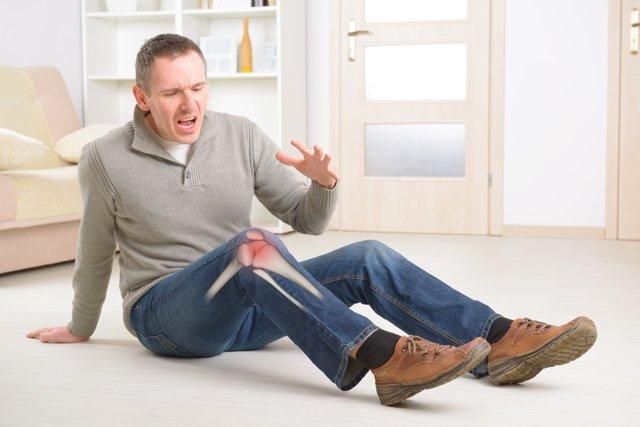 Остеопороз у мужчин - причины возникновения, симптомы и лечение