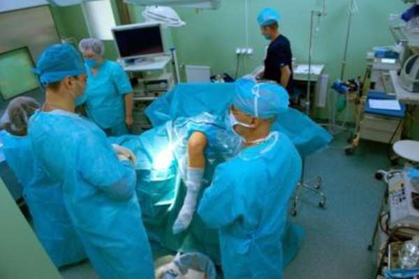 Вывих надколенника - причины, диагностика и лечение